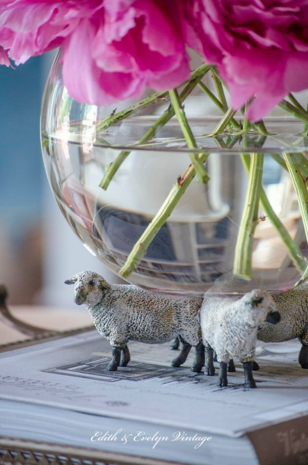 Farmhouse Decor to Make And Sell - DIY Sheep Decor From Toy Store - Easy DIY Home Decor and Rustic Craft Ideas - Step by Step Country Crafts, Farmhouse Decor To Make and Sell on Etsy and at Craft Fairs - Tutorials and Instructions for Creative Ways to Make Money - Best Vintage Farmhouse DIY For Living Room, Bedroom, Walls and Gifts #diydecor