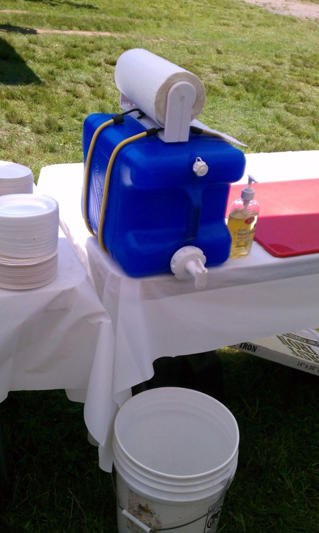 DIY Camping Hacks - Hand Washing Station - Easy Tips and Tricks, Recipes for Camping - Gear Ideas, Cheap Camping Supplies, Tutorials for Making Quick Camping Food, Fire Starters, Gear Holders and More