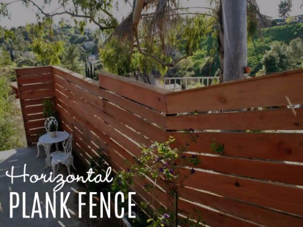 DIY Ideas With Old Fence Posts - Horizontal Plank Fence - Rustic Farmhouse Decor Tutorials and Projects Made With An Old Fence Post - Easy Vintage Shelving, Wall Art, Picture Frames and Home Decor for Kitchen, Living Room and Bathroom - Creative Country Crafts, Seating, Furniture, Patio Decor and Rustic Wall Art and Accessories to Make and Sell