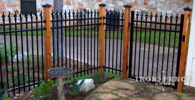 DIY Ideas With Old Fence Posts - Iron Fence - Rustic Farmhouse Decor Tutorials and Projects Made With An Old Fence Post - Easy Vintage Shelving, Wall Art, Picture Frames and Home Decor for Kitchen, Living Room and Bathroom - Creative Country Crafts, Seating, Furniture, Patio Decor and Rustic Wall Art and Accessories to Make and Sell http://diyjoy.com/diy-projects-old-windows