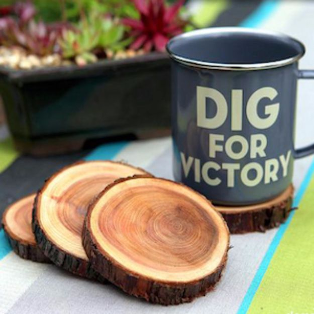 Country Crafts to Make And Sell - Natural Branch Coasters - Easy DIY Home Decor and Rustic Craft Ideas - Step by Step Farmhouse Decor To Make and Sell on Etsy and at Craft Fairs - Tutorials and Instructions for Creative Ways to Make Money - Best Vintage Farmhouse DIY For Living Room, Bedroom, Walls and Gifts #craftstosell #countrycrafts #etsyideas