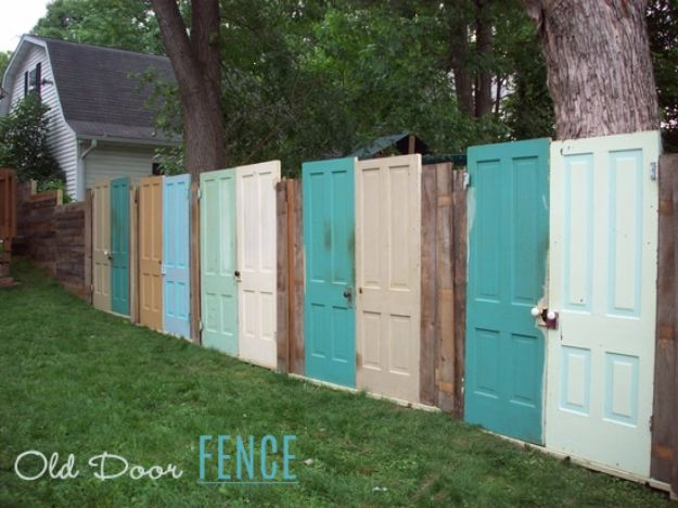 DIY Ideas With Old Fence Posts - Old Door Fence - Rustic Farmhouse Decor Tutorials and Projects Made With An Old Fence Post - Easy Vintage Shelving, Wall Art, Picture Frames and Home Decor for Kitchen, Living Room and Bathroom - Creative Country Crafts, Seating, Furniture, Patio Decor and Rustic Wall Art and Accessories to Make and Sell http://diyjoy.com/diy-projects-old-windows