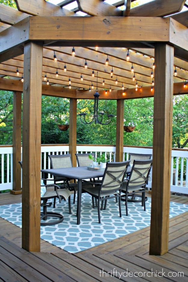 DIY Outdoor Lighting Ideas - Outdoor Dining Room Lights - Do It Yourself Lighting Ideas for the Backyard, Patio, Porch and Pool - Lights, Chandeliers, Lamps and String Lights for Your Outdoors - Dining Table and Chair Lighting, Overhead, Sconces and Weatherproof Projects #diy #lighting
