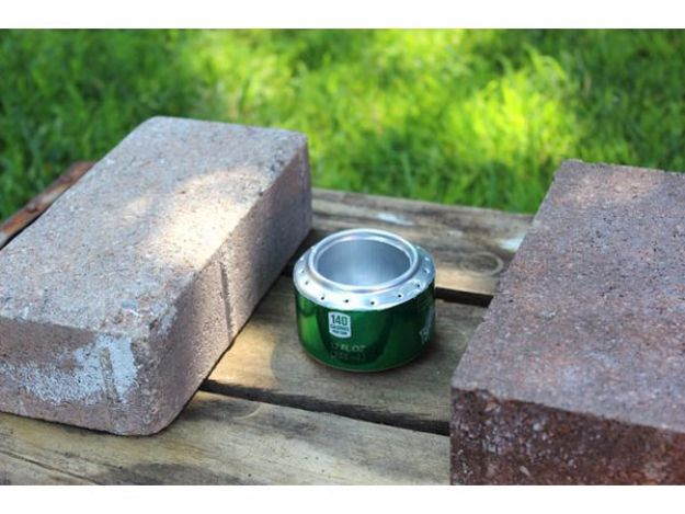 DIY Camping Hacks - Portable Camp Stove - Easy Tips and Tricks, Recipes for Camping - Gear Ideas, Cheap Camping Supplies, Tutorials for Making Quick Camping Food, Fire Starters, Gear Holders and More http://diyjoy.com/camping-hacks