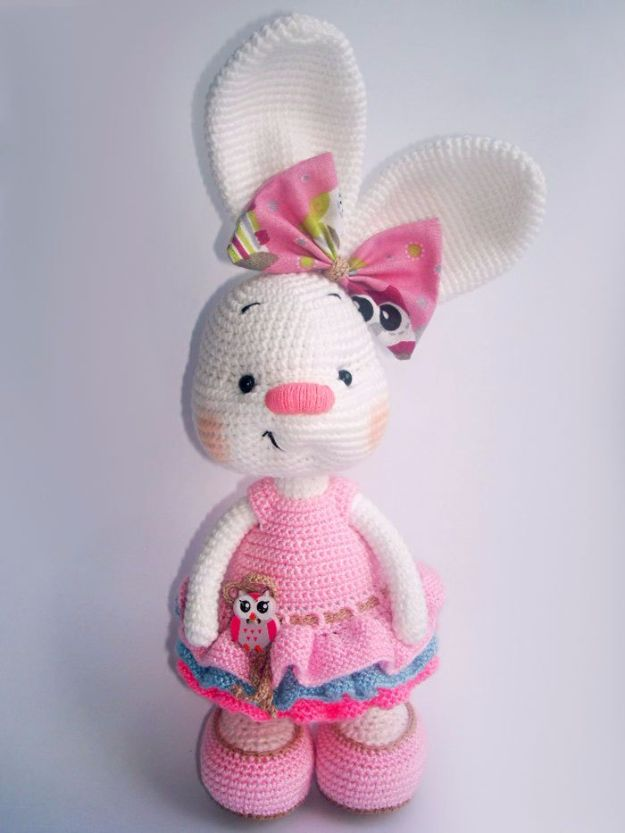 Free Amigurumi Patterns For Beginners and Pros - Pretty Bunny In Dress - Easy Amigurimi Tutorials With Step by Step Instructions - Learn How To Crochet Cute Amigurimi Animals, Doll, Mobile, Mini Elephant, Cat, Dinosaur, Owl, Bunny, Dog - Creative Ways to Crochet Cool DIY Gifts for Kids, Teens, Baby and Adults #amigurumi #crochet