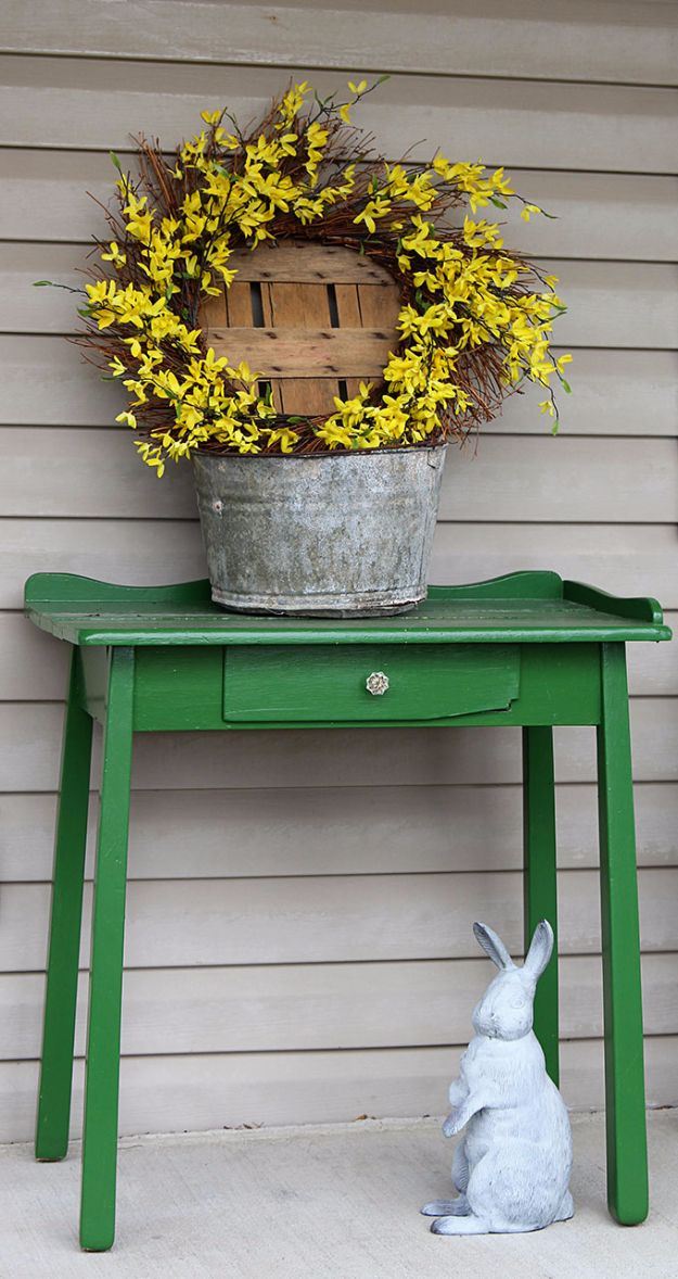 DIY Porch and Patio Ideas - Pretty Forsythia Wreath - Decor Projects and Furniture Tutorials You Can Build for the Outdoors - Lights and Lighting, Mason Jar Crafts, Rocking Chairs, Wreaths, Swings, Bench, Cushions, Chairs, Daybeds and Pallet Signs