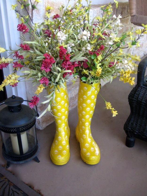 DIY Porch and Patio Ideas - Rain Boots on the Porch - Decor Projects and Furniture Tutorials You Can Build for the Outdoors - Lights and Lighting, Mason Jar Crafts, Rocking Chairs, Wreaths, Swings, Bench, Cushions, Chairs, Daybeds and Pallet Signs http://diyjoy.com/diy-porch-patio-decor