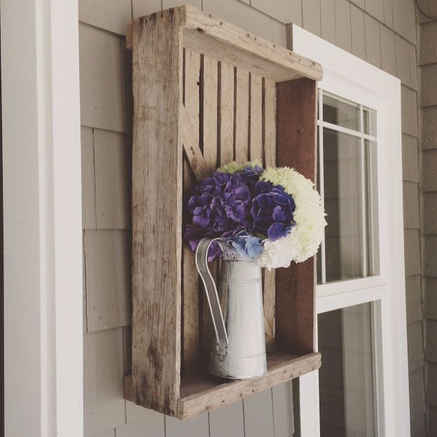 DIY Porch and Patio Ideas - Repurposed Farm Crate Vase Mount - Decor Projects and Furniture Tutorials You Can Build for the Outdoors - Lights and Lighting, Mason Jar Crafts, Rocking Chairs, Wreaths, Swings, Bench, Cushions, Chairs, Daybeds and Pallet Signs