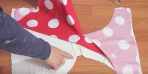 She Cuts Two Pieces Of Fabric Exactly Alike For A Retro Look You Must Have!