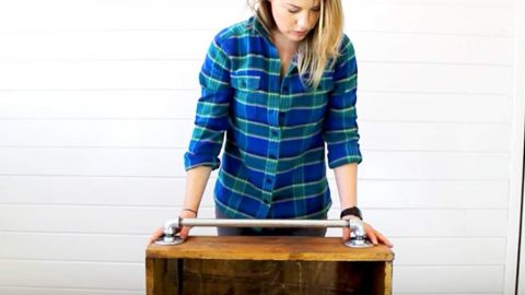 She Adds A Cool Piece Of Hardware To A Rustic Decor Piece She Made And You'll Love It! | DIY Joy Projects and Crafts Ideas