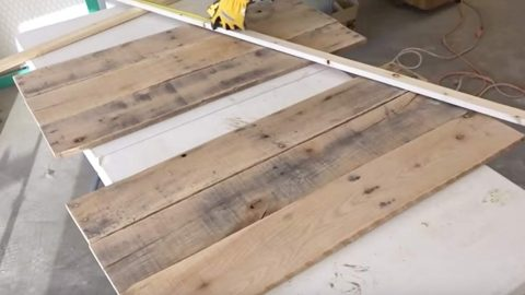 She Stains This Wood And What She Does Next Will Leave You Wanting This For Your Home | DIY Joy Projects and Crafts Ideas