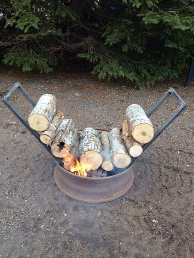 DIY Camping Hacks - Self Feeding Fire - Easy Tips and Tricks, Recipes for Camping - Gear Ideas, Cheap Camping Supplies, Tutorials for Making Quick Camping Food, Fire Starters, Gear Holders and More