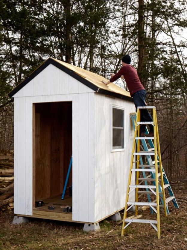 DIY Storage Sheds and Plans - Simple Shed From Scratch - Cool and Easy Storage Shed Makeovers, Cheap Ideas to Build This Weekend, Basic Woodworking Projects to Add Extra Storage Space to Your Home or Small Backyard - How To Build A Shed With Pallets - Step by Step Tutorials and Instructions #storageideas #diyideas #diyhome