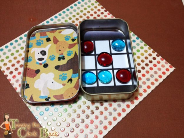 Best DIY Ideas for a Summer Road Trip - Tic-tac-toe Travel Game - Cool Crafts and Easy Projects to Make For Road Trips in the Car - Fun Crafts to Make for Vacation - Creative Ideas for Making Cheap Travel Ideas With Creative Money Saving Tips http://diyjoy.com/diy-ideas-summer-road-trip
