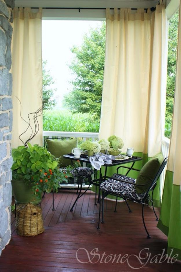 DIY Porch and Patio Ideas - Use Outdoor Curtains - Decor Projects and Furniture Tutorials You Can Build for the Outdoors - Lights and Lighting, Mason Jar Crafts, Rocking Chairs, Wreaths, Swings, Bench, Cushions, Chairs, Daybeds and Pallet Signs