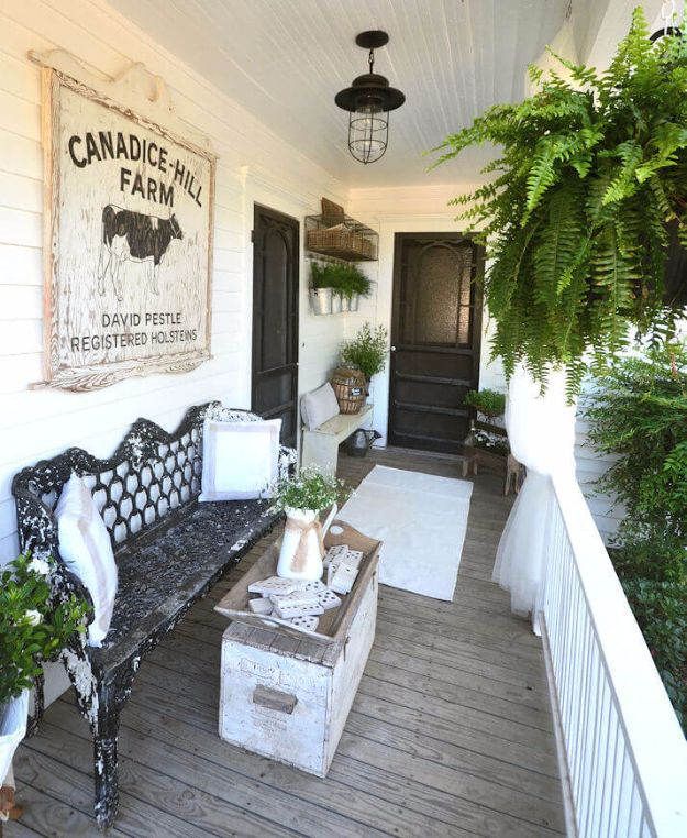 DIY Porch and Patio Ideas - Victorian Inspired Porch Decor - Decor Projects and Furniture Tutorials You Can Build for the Outdoors - Lights and Lighting, Mason Jar Crafts, Rocking Chairs, Wreaths, Swings, Bench, Cushions, Chairs, Daybeds and Pallet Signs