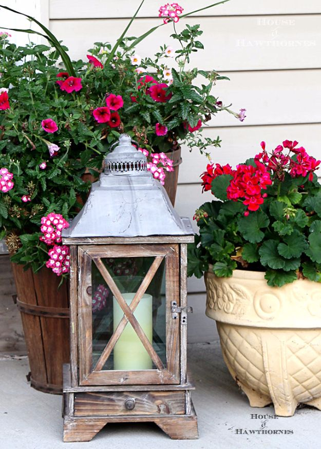 DIY Porch and Patio Ideas - Wooden Porch Lantern - Decor Projects and Furniture Tutorials You Can Build for the Outdoors - Lights and Lighting, Mason Jar Crafts, Rocking Chairs, Wreaths, Swings, Bench, Cushions, Chairs, Daybeds and Pallet Signs