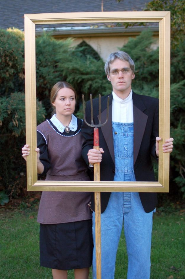 DIY Halloween Costumes for Couples - American Gothic - Funny, Creative and Scary Ideas for Parties, College Party - Unique and Cute Project Idea for Disney Characters, Superhero, Movie Themes, Bonnie and Clyde, Homemade Costume Projects for Boyfriends - Quick Last Minutes Halloween Costume Ideas from Pinterest #halloween #halloweencostumes