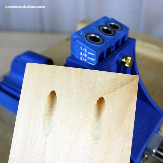 Cool Woodworking Tips - Avoid Pocket Hole Mistakes - Easy Woodworking Ideas, Woodworking Tips and Tricks, Woodworking Tips For Beginners, Basic Guide For Woodworking - Refinishing Wood, Sanding and Staining, Cleaning Wood and Upcycling Pallets #woodworking