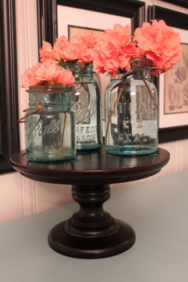 31 Brilliantly Creative Mason Jar Projects For Fall