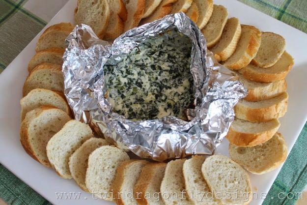 Tin Foil Camping Recipes - Campfire Spinach - DIY Tin Foil Dinners, Ideas for Camping Trips and On Grill. Hamburger, Chicken, Healthy, Fish, Steak , Easy Make Ahead Recipe Ideas for the Campfire. Breakfast, Lunch, Dinner and Dessert, Snacks all Wrapped in Foil for Quick Cooking #camping #tinfoilrecipes #campingrecipes