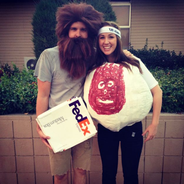 DIY Halloween Costumes for Couples - Castaway Couple - Funny, Creative and Scary Ideas for Parties, College Party - Unique and Cute Project Idea for Disney Characters, Superhero, Movie Themes, Bonnie and Clyde, Homemade Costume Projects for Boyfriends - Quick Last Minutes Halloween Costume Ideas from Pinterest #halloween #halloweencostumes