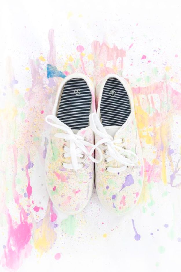 DIY Ideas for Tennis Shoes and Sneakers - DIY Abstract Paint Splatter Shoes - Fun Projects to Decorate, Update and Style Your High Tops, Keds, Canvas Shoes, Chuck Taylors, White Converse and All Star - Tips, Tutorials, Free Pattern and Step by Step Tutorial - Sparkle, Glitter, Paint, Stencil Tie Dye - Cool Christmas Gifts and Presents and Homemade Gifts for Adults, Teens and Kids http://diyjoy.com/diy-ideas-tennis-shoes