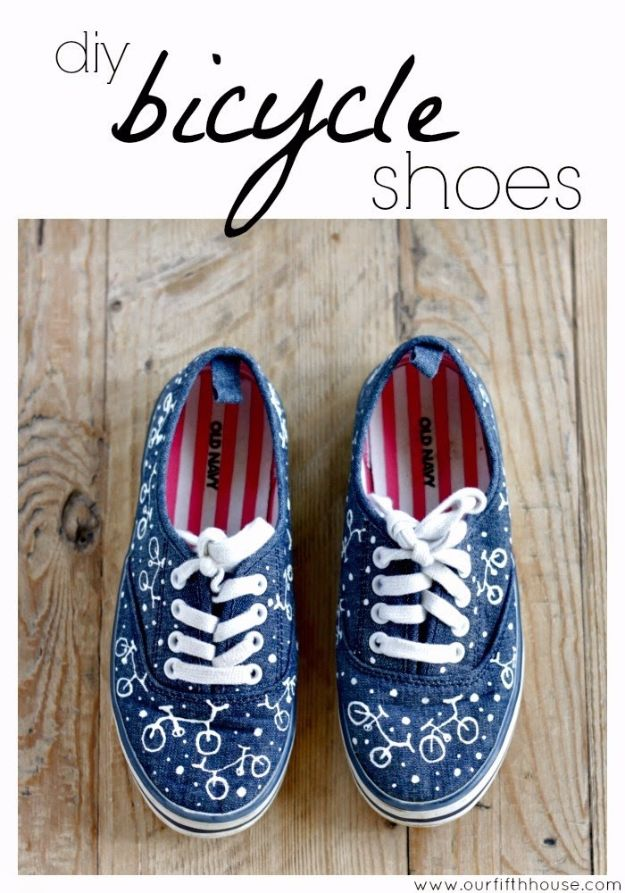 DIY Ideas for Tennis Shoes and Sneakers - DIY Bicycle Print Shoes - Fun Projects to Decorate, Update and Style Your High Tops, Keds, Canvas Shoes, Chuck Taylors, White Converse and All Star - Tips, Tutorials, Free Pattern and Step by Step Tutorial - Sparkle, Glitter, Paint, Stencil Tie Dye - Cool Christmas Gifts and Presents and Homemade Gifts for Adults, Teens and Kids http://diyjoy.com/diy-ideas-tennis-shoes