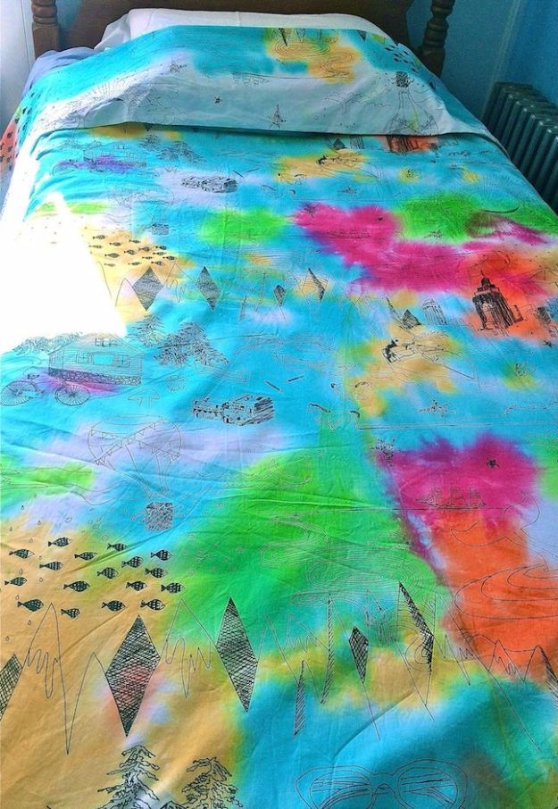 DIY Duvet Covers - DIY Fabric Dye Duvet Cover - Easy Sewing Projects and No Sew Ideas for Duvets - Cheap Bedroom Decor Ideas on A Budget - How To Sew A Duvet Cover and Bedding Tutorial - Creative Covers for Bed - Quick Projects for Making Designer Duvets - Awesome Home Decor Ideas and Crafts #duvet #diybedroom #roomdecor #sewingideas