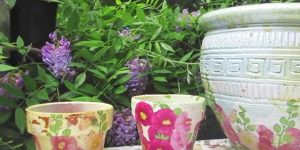 She Takes An Ugly Old Pot And What She Does To It Is So Beautiful. Watch!