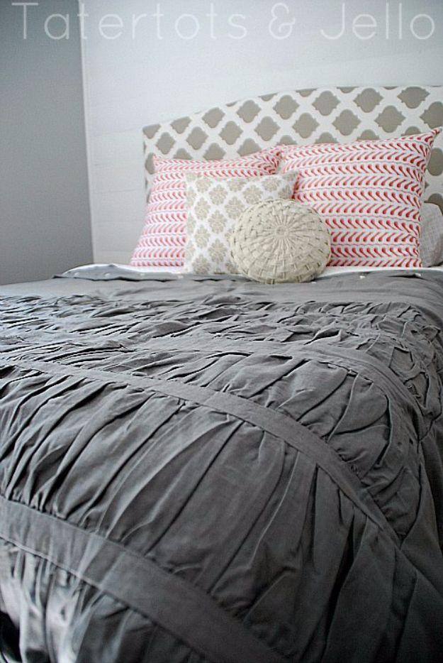 DIY Duvet Covers - Duvet Cover Out Of A Shower Curtain - Easy Sewing Projects and No Sew Ideas for Duvets - Cheap Bedroom Decor Ideas on A Budget - How To Sew A Duvet Cover and Bedding Tutorial - Creative Covers for Bed - Quick Projects for Making Designer Duvets - Awesome Home Decor Ideas and Crafts #duvet #diybedroom #roomdecor #sewingideas