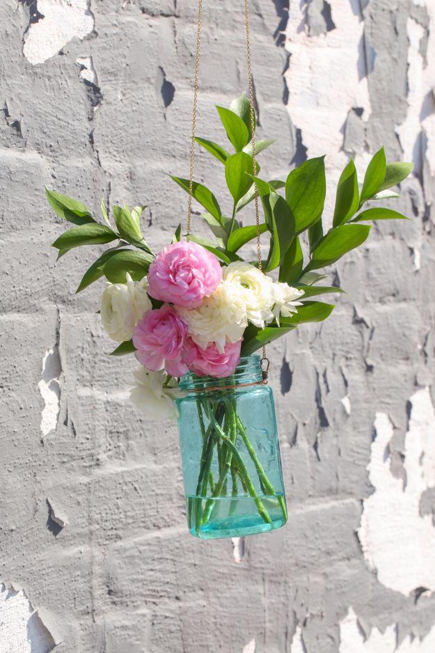 31 Brilliantly Creative Mason Jar Projects For Fall