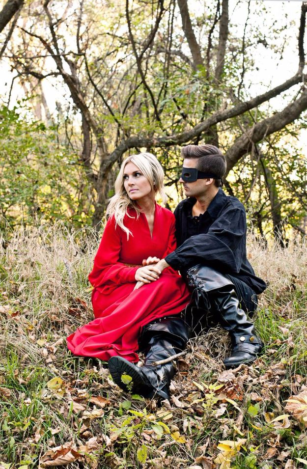 DIY Halloween Costumes for Couples - Princess Bride - Funny, Creative and Scary Ideas for Parties, College Party - Unique and Cute Project Idea for Disney Characters, Superhero, Movie Themes, Bonnie and Clyde, Homemade Costume Projects for Boyfriends - Quick Last Minutes Halloween Costume Ideas from Pinterest http://diyjoy.com/best-halloween-costumes-couples