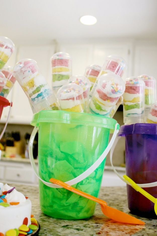 DIY Pool Party Ideas - Push Pop Cupcakes - Easy Decor Ideas for Pools - Best Pool Floats, Coolers, Party Foods and Drinks - Entertaining on A Budget - Step by Step Tutorials and Instructions - Summer Games and Fun Backyard Parties