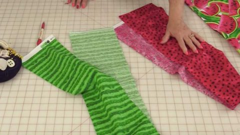 She Cuts 2 Long Strips, Easily Transforms Them Into This Item We All Need! | DIY Joy Projects and Crafts Ideas