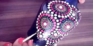 She Paints Simple Dots On A Bottle And You Have To See The End Result. Fabulous!