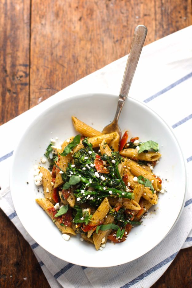 Easy Dinner Ideas for Two - 20 Minute Lemon Pesto Penne - Quick, Fast and Simple Recipes to Make for Two People - Freeze and Make Ahead Dinner Recipe Tips for Best Weeknight Dinners - Chicken, Fish, Vegetable, No Bake and Vegetarian Options - Crockpot, Microwave, Healthy, Lowfat