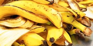 You Will Never Throw Away Banana Peels After Watching This!