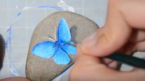 She Draws A Butterfly On A River Rock And Watch How She Transforms It With Paint! | DIY Joy Projects and Crafts Ideas