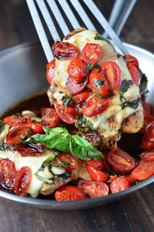 Easy Dinner Ideas for Two - Caprese Chicken - Quick, Fast and Simple Recipes to Make for Two People - Freeze and Make Ahead Dinner Recipe Tips for Best Weeknight Dinners - Chicken, Fish, Vegetable, No Bake and Vegetarian Options - Crockpot, Microwave, Healthy, Lowfat