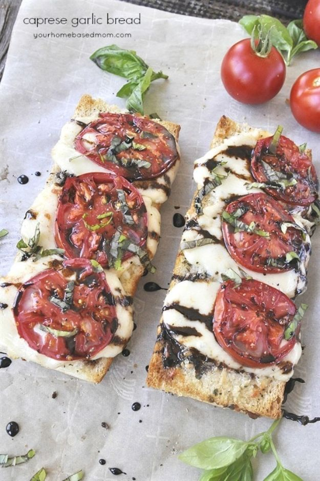 Easy Dinner Ideas for Two - Caprese Garlic Bread - Quick, Fast and Simple Recipes to Make for Two People - Freeze and Make Ahead Dinner Recipe Tips for Best Weeknight Dinners - Chicken, Fish, Vegetable, No Bake and Vegetarian Options - Crockpot, Microwave, Healthy, Lowfat Options http://diyjoy.com/easy-dinners-for-two