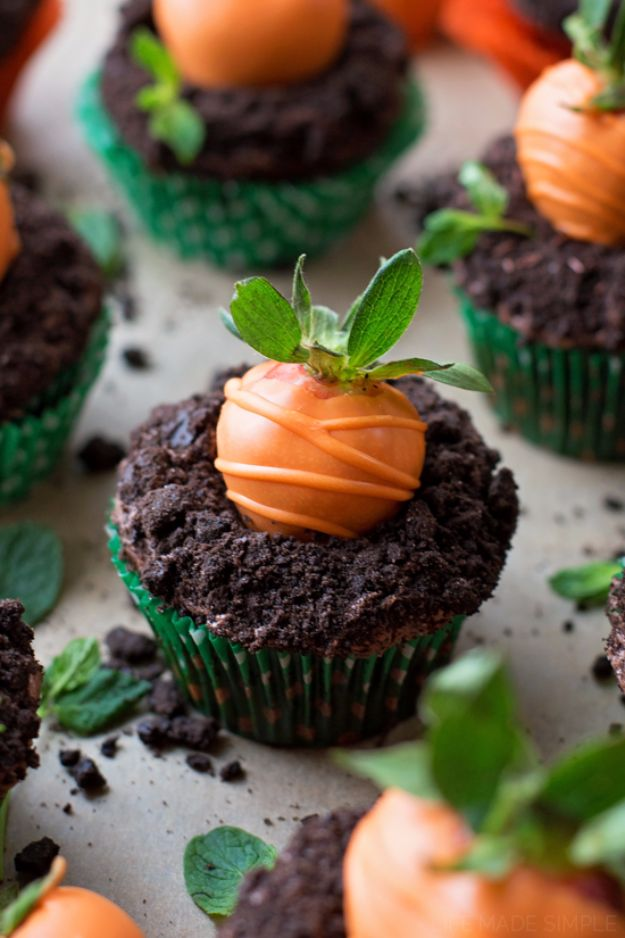 Cool Cupcake Decorating Ideas - Carrot Patch Cupcakes - Easy Ways To Decorate Cute, Adorable Cupcakes - Quick Recipes and Simple Decorating Tips With Icing, Candy, Chocolate, Buttercream Frosting and Fruit - Best Party and Birthday Party Ideas for Kids and Adults http://diyjoy.com/cupcake-decorating-ideas