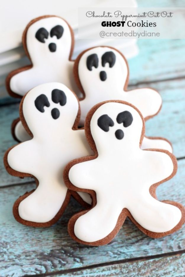 Cute Halloween Cookies - Chocolate Peppermint Cut Out Cookies - Easy Recipes and Cookie Tutorials for Making Quick Halloween Treats - Spooky DIY Decorated Ghosts, Pumpkins, Bats, No Bake, Spiders and Spiderwebs, Tombstones and Healthy Options, Kids and Teens Cookies for School http://diyjoy.com/halloween-cookies-ideas
