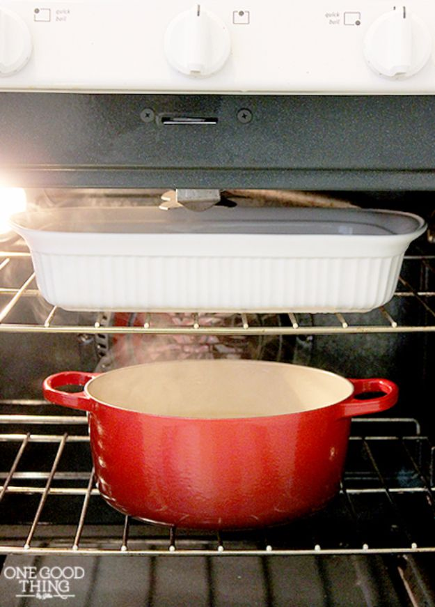 Cleaning Tips and Tricks - Clean Your Stove with Amonia - Best Cleaning Hacks, Recipes and Tutorials - Daily Ways to Clean For Kitchen, For Couches, Bathroom, Bedroom, Laundry, Floors, Furniture, Windows, Cleaners and More for Cleaning Your Home- Quick Ideas for Lazy People - Cool Cleaning Hack Tutorial