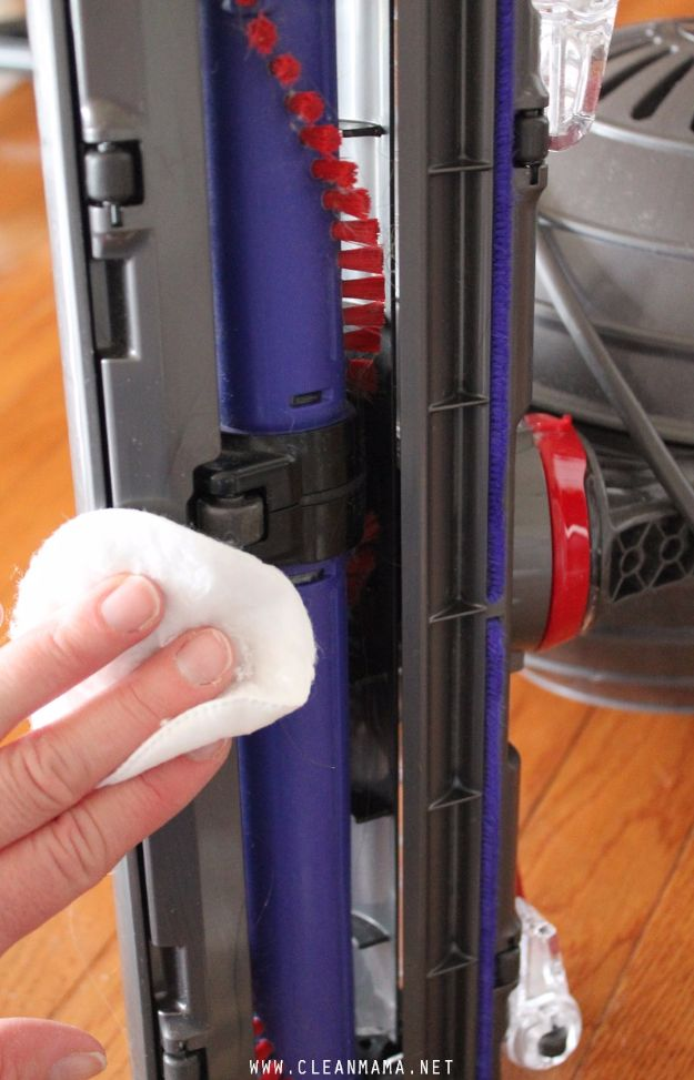 Cleaning Tips and Tricks - Clean Your Vacuum Cleaner - Best Cleaning Hacks, Recipes and Tutorials - Daily Ways to Clean For Kitchen, For Couches, Bathroom, Bedroom, Laundry, Floors, Furniture, Windows, Cleaners and More for Cleaning Your Home- Quick Ideas for Lazy People - Cool Cleaning Hack Tutorial - DIY Projects and Crafts by DIY JOY http://diyjoy.com/diy-cleaning-tips-tricks