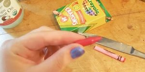 She Melts Her Kids Crayons And You Won't Believe What She Makes With Them. Watch!