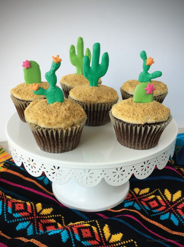 Cool Cupcake Decorating Ideas - DIY Cactus Cupcakes - Easy Ways To Decorate Cute, Adorable Cupcakes - Quick Recipes and Simple Decorating Tips With Icing, Candy, Chocolate, Buttercream Frosting and Fruit kids birthday party ideas cake