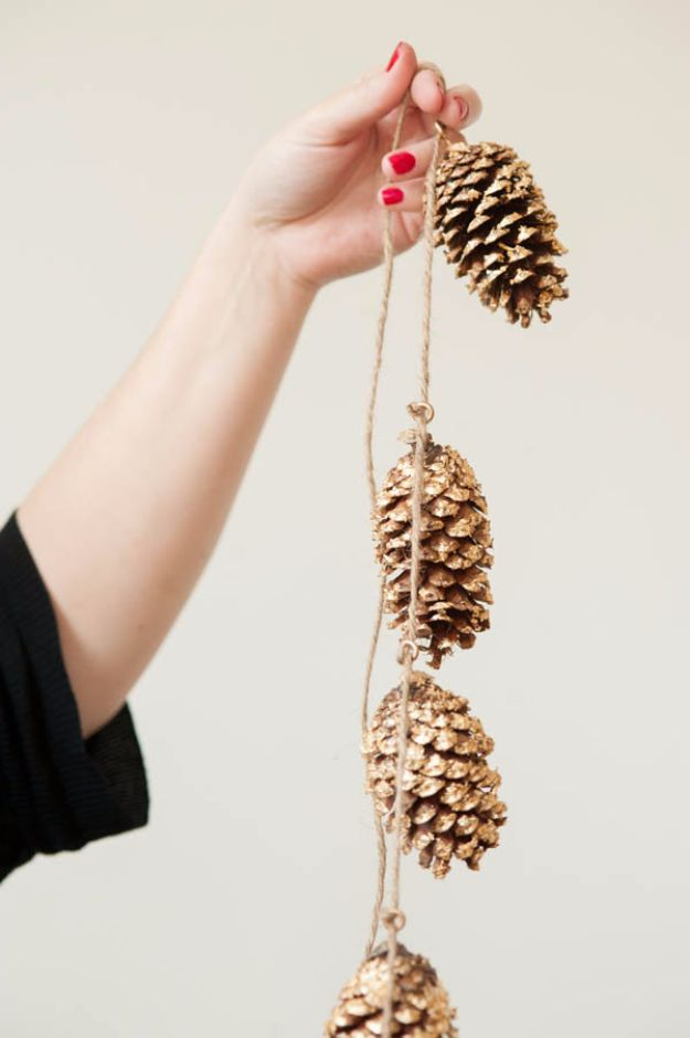Best Crafts for Fall Decorating - DIY Pine Cone Garland - DIY Home Decor, Mason Jar Ideas, Dollar Store Crafts, Rustic Pumpkin Ideas, Wreaths, Candles and Wall Art, Centerpieces, Wedding Decorations, Homemade Gifts, Craft Projects with Leaves, Flowers and Burlap, Painted Art, Candles and Luminaries for Cool Home Decor - Quick and Easy Projects With Step by Step Tutorials and Instructions