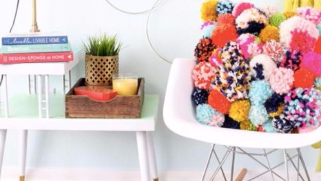 DIY Ideas With Yarn and Best Yarn Crafts - DIY Pom Pom Pillows - Wall Hangings, Easy Dream Catchers, Crochet Ideas for Teens, Adults and Kids - Knitting , No Sew and Weaving Projects Make Awesome Wall Art and Home Decor on A Budget