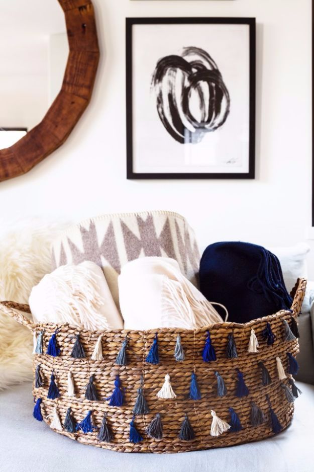 DIY Ideas With Yarn and Best Yarn Crafts - DIY Tassel Basket - Wall Hangings, Easy Dream Catchers, Crochet Ideas for Teens, Adults and Kids - Knitting , No Sew and Weaving Projects Make Awesome Wall Art and Home Decor on A Budget